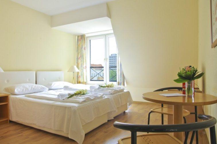 hotel-berlin-berlin-center-capital-city-2