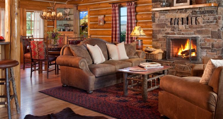 01_staying-at-ranch-1066x570